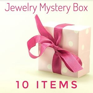 JEWELRY LOVERS MYSTERY BOX